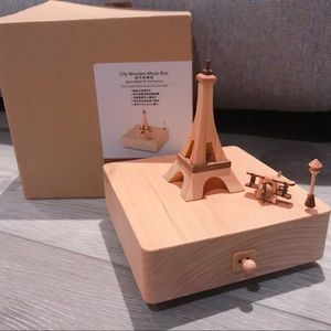 Papyrus Eiffel Tower Music Display Box